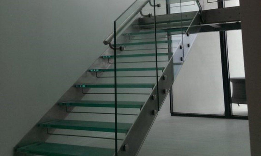 scala a giorno design in vetro